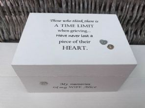 Personalised In Memory Of A Loved One ~ Box ~ WIFE ~ any Name Bereavement Loss - 253568147877